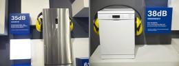 左:冷蔵庫。右:食洗機。