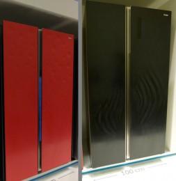 左:インパクトの強いカラーのドットデザイン。右:あまり見慣れない楕円波紋デザイン(個人的には好みではない…)。